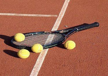 WirtualnyBukmacher.pl obstawianie-tenisa-374x264
